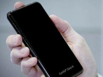 Скло для космічних телескопів, автомобілів і смартфонів: історія виробника Gorilla Glass