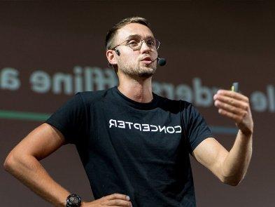 «Помогая стартапу взлететь, будь готов сесть на 20 лет». Влад Тисленко — о конфликте с клиентом и выводах из него