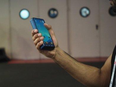 P18K Pop от Energizer - это гигантская батарея со встроенным смартфоном