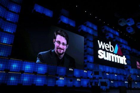 «Данные не безвредны». О чем говорил Эдвард Сноуден на Web Summit в Лиссабоне