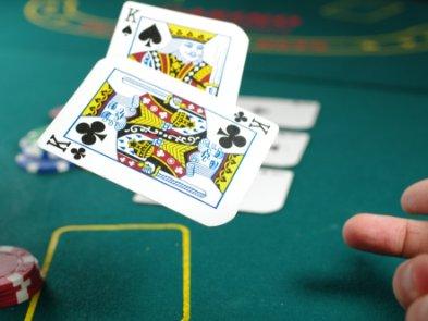 Як за допомогою покерних прийомів приймати найкращі бізнес-рішення — уривок з книги «Мисли ставками»