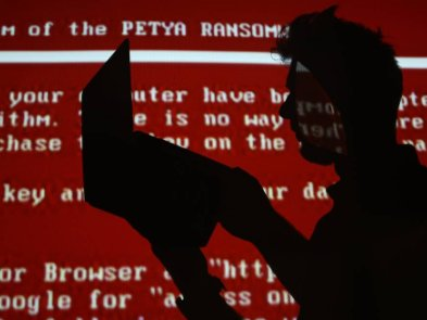 Две самые знаковые хакерские атаки десятилетия были в Украине. Подробности