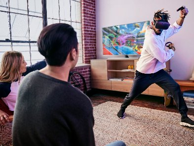 Новая игрушка для взрослых:VR-гарнитура Oculus Quest