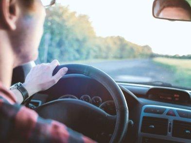 Технологии и приложения для безопасности автомобилей