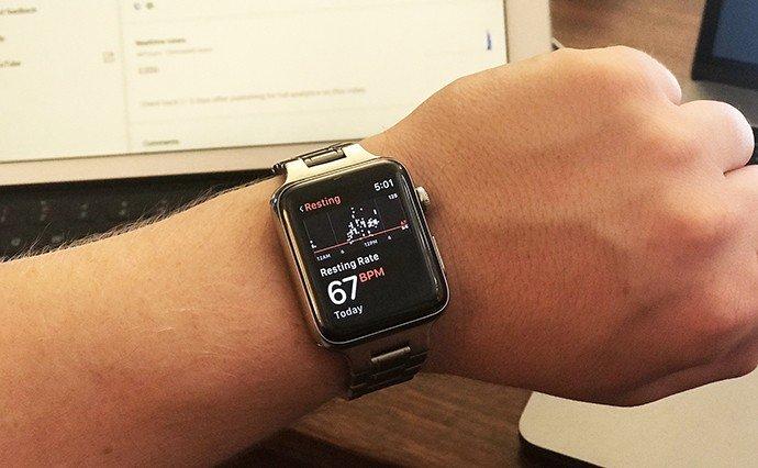 Кардіограма за допомогою годинника
