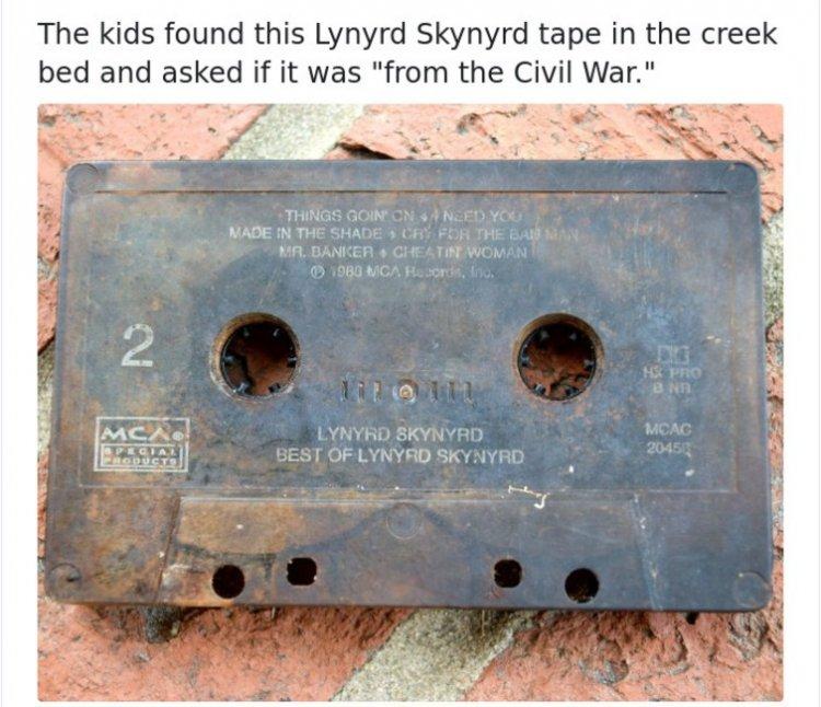 Сучасні діті не зрозуміють: 9 ностальгічних фото з гаджетами минулого