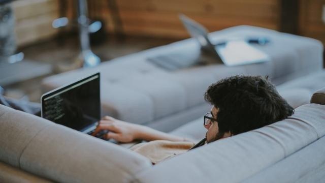Як працювати вдома і не втратити продуктивність: досвід IT-компаній