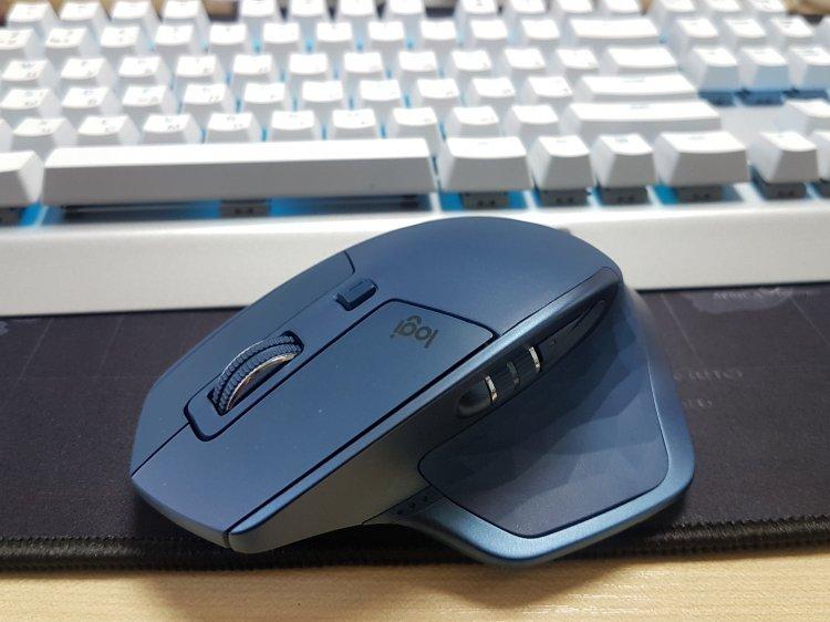 Як змінювалася комп'ютерна мишка: від дерев'яного куба до моделей з сенсорним тачпадом