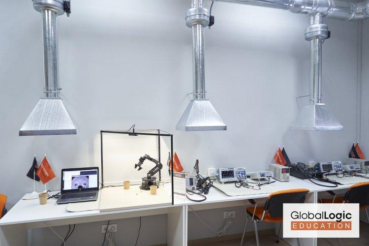 Как GlobalLogic способствует росту embedded-специалистов в Украине