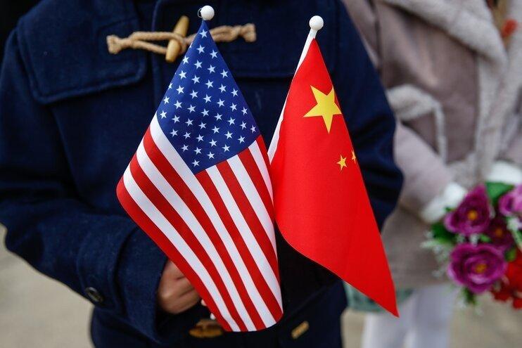 Как конфликт между США и Китаем губит IT-индустрию