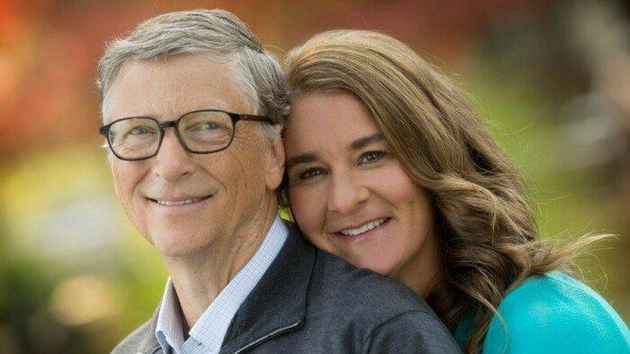 Білл Гейтс залишив раду директорів Microsoft заради благодійності