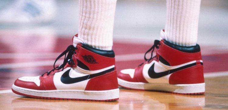 Nike Air Jordan 1, 1984 рік