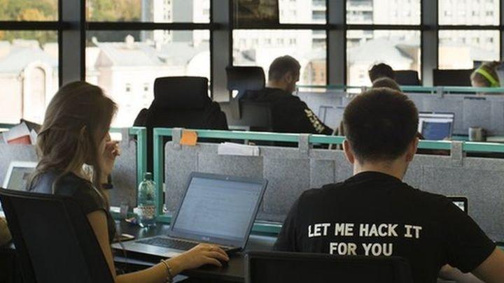 Легальний злом своєї ж мережі: чи корисно використання «білих хакерів» для корпоративної безпеки