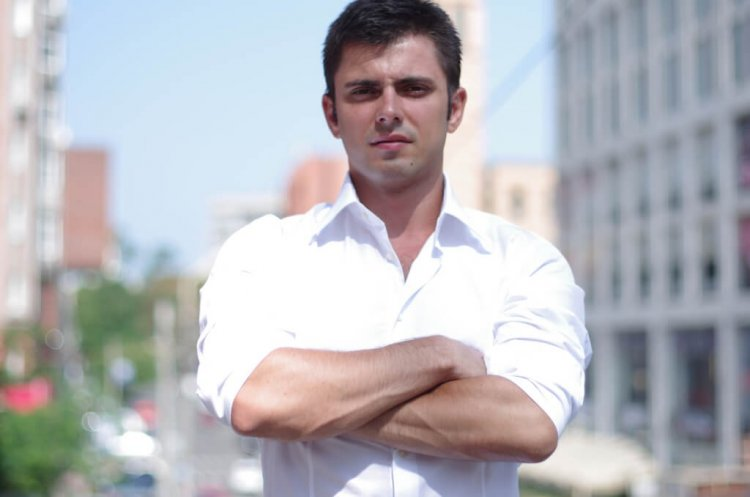 интервью с фаундером People.ai, стартап на $500 млн