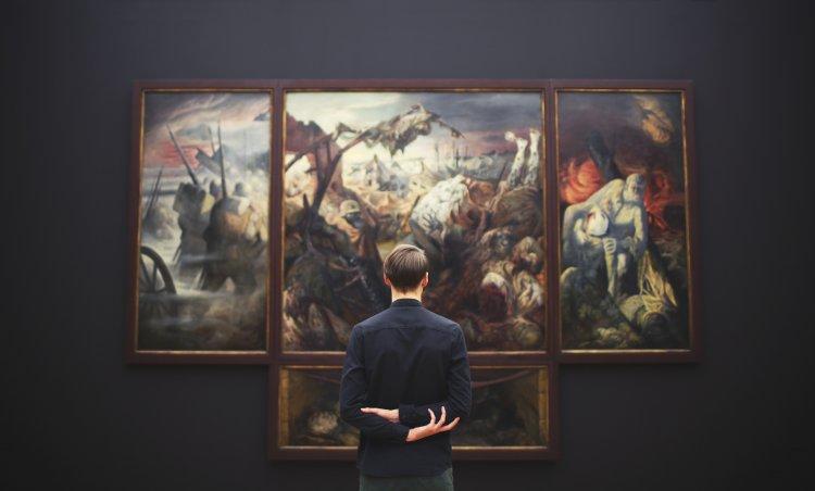 Кому належать права на твори мистецтва, створені штучним інтелектом?