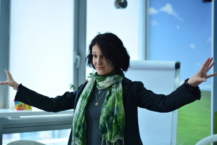 Хвали мене повністю. Як мозок сприймає фідбек: підказки нейрокоучаКатерина Гайдученко, тренер та співавтор Школи нейрокоучингу, співавтор проекту Connectome.