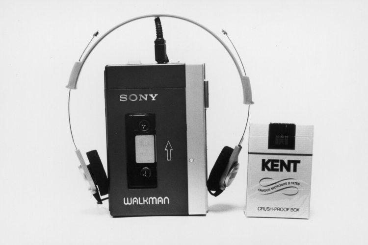 Sony Walkman TPS-L2, 1979 рік