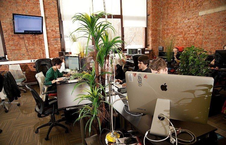 «Я офис-менеджер в Долине и видела много дерьма»: взгляд со стороны на инфантилизм и эгоцентричность работников IT