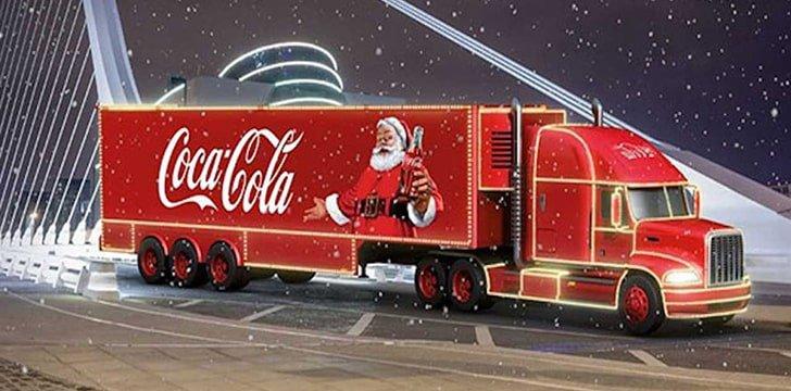 У дев'яностих і зараз: як змінювалися вантажівка Coca-Cola та новорічні дудли Google