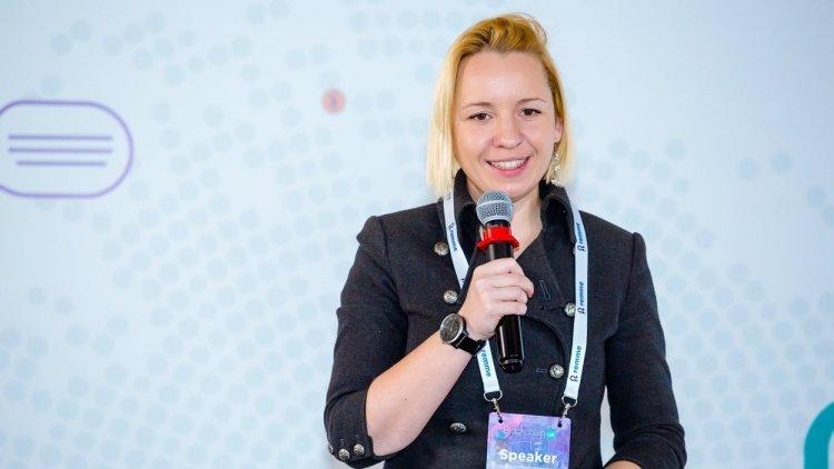 Как украинцы создают  Slack-бота, который знает все о настроении сотрудников — история стартапа Elin.ai