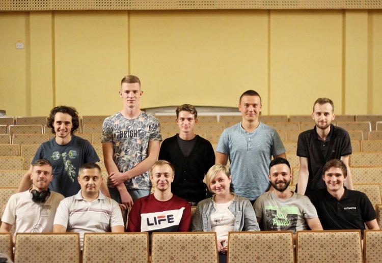 Студенти IT Academy допомогли Театру ляльок зазвучати іноземними мовами