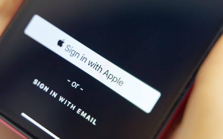 Войти через Apple