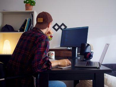 Пул технических талантов в Украине: Java, .Net, Python, JavaScript
