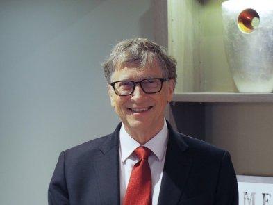 Фонд семьи Гейтс продал все акции Alibaba и Uber,  а так же половину пакета в Apple