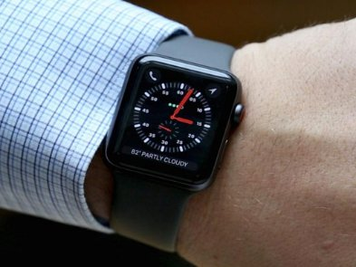 Apple бесплатно меняет старые Apple Watch на Series 2