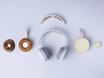 Майбутнє продуктового дизайну: у Фінляндії створили навушники Korvaa – з грибів і дріжджів
