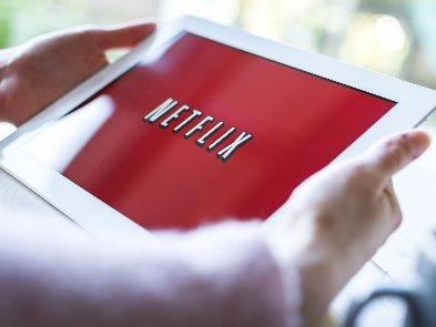 Netflix відмовиться від демонстрації сигарет у своїх проектах