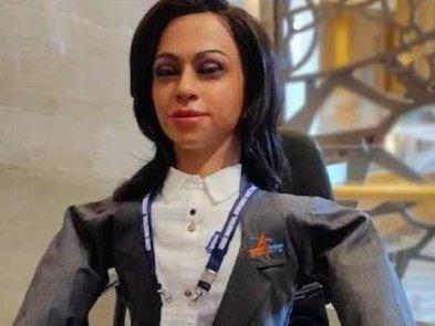 Індія відправить у космос людиноподібного робота-жінку: відео