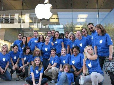 Сотрудники Apple массово покидают компанию. Бегство объясняют тремя гипотезами
