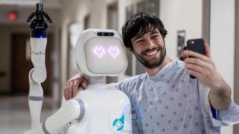 Соціально-інтелектуальний робот Moxi завершив бета-тестування
