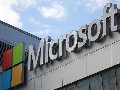 Microsoft співпрацюватиме з OpenAI та інвестує в компанію $ 1 млрд