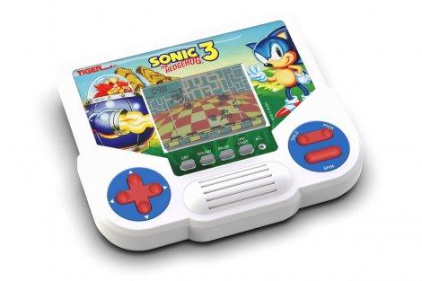 Hasbro анонсировала выход ретро-консоли Tiger Electronics LCD — модель с одной игрой и монохромным экраном будет стоить $14,99