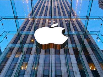 Схоже Apple змусять запровадити змінні акумулятори в iPhone