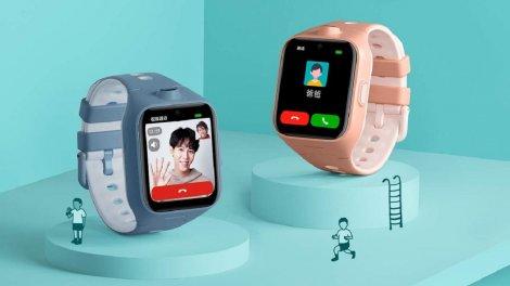 Xiaomi представила унікальні розумні годинники з двома камерами і 5G