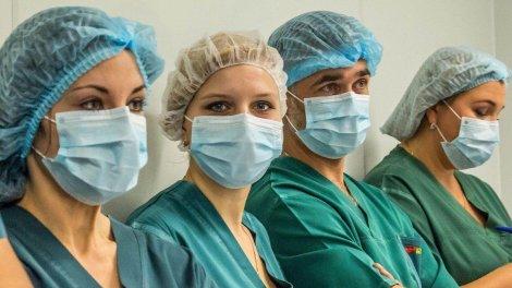 Українські бізнесмени зібрали 5 мільйонів гривень на лікування хворих на COVID-19 медиків