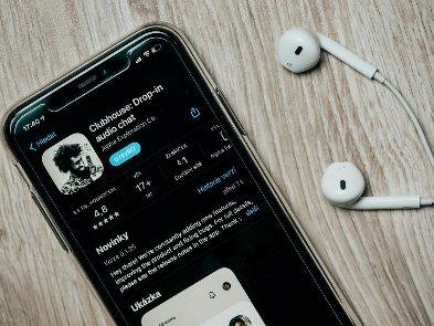 Clubhouse вышел на Android, но с ограничениями