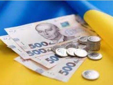 Специалисты сферы «IT, телеком, интернет» получают до 69 тыс. грн: кому и сколько платят в Киеве