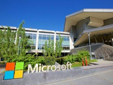 Microsoft позволит сотрудникам постоянно работать из дома, даже после пандемии