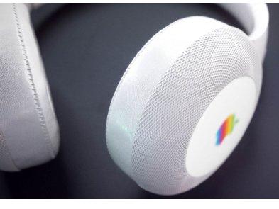 Apple готовит свои первые действительно профессиональные студийные наушники со smart-функциями