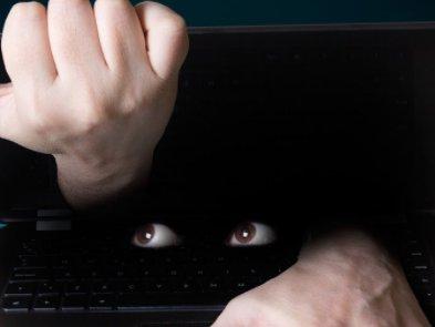 Apple відповіла на чергові звинувачення у шпигунстві