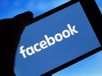 Facebook почав боротьбу з фейками в Україні