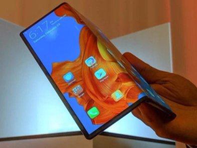 Huawei планує випустити ще один гнучкий смартфон