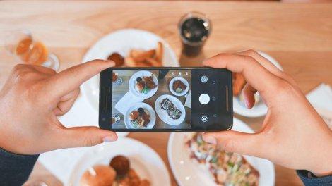 Instagram запустив в Україні нову функцію для замовлення їжі онлайн