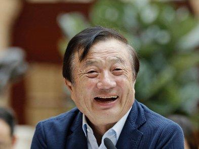 Засновник Huawei зізнався в любові до Apple і iPhone