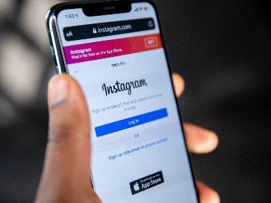 В социальной сети Instagram произошел масштабный сбой