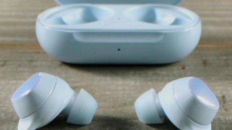 Нові мікросхеми Samsung збільшать автономність бездротових навушників